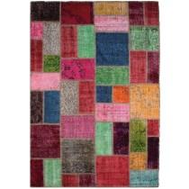 Covor colorat din lana 100 % , revopsite si cusute de mana